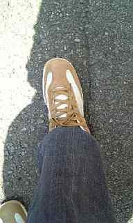 おnewな靴で